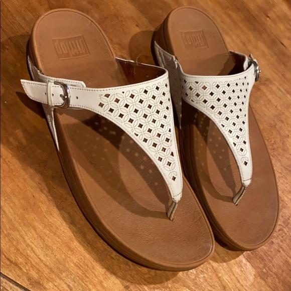 White Sandals Size 11 Us Flip Flops